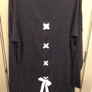Crown and Ivy navy top